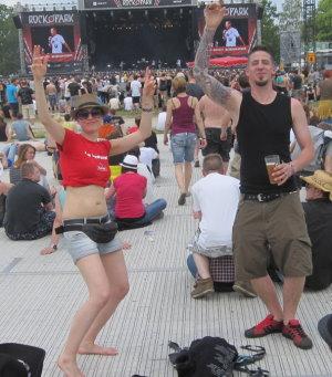Tanzend auf der AlternaStage