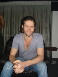 Howard Donald im Creme 21